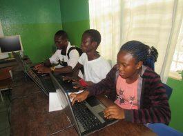 computer lab - vocational training - mineke foundation
