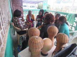 hairdressing explaining - vocational training - mineke foundation