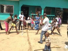kids club - touw trekken- mineke foundation