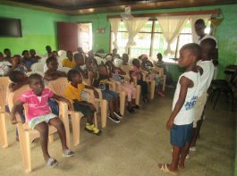 kids club - voorbereiding voor debat - mineke foundation